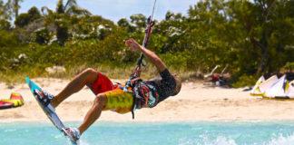 Obóz kitesurfingowy - dla młodzieży i nie tylko.